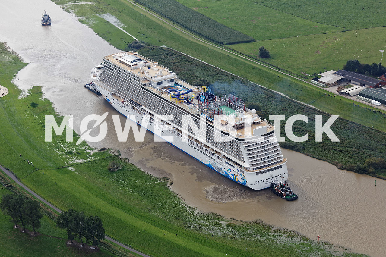 Norwegian Escape Ems Luftbild