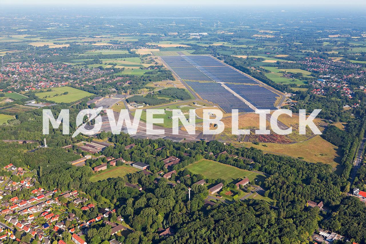 Kaserne und Solarpark Luftbild