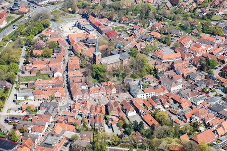 Luftaufnahme Marktplatz und Kirche