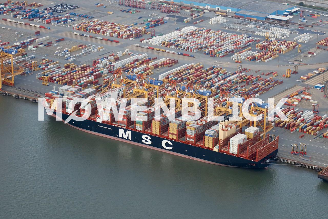 Größtes Containerschiff Luftbild