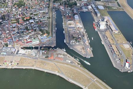 Luftaufnahme Hafeninsel Am Fischereihafen