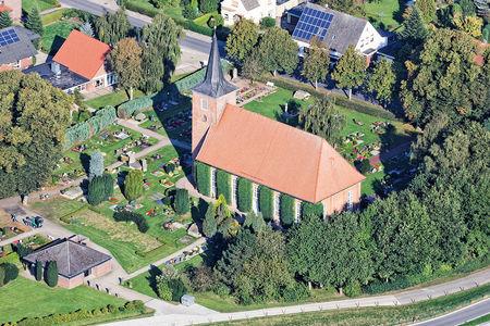 Luftaufnahme Friedenskirche Hammelwarden