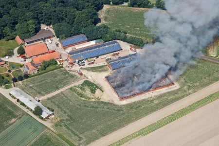 Luftaufnahme Brand des Schweinestalls