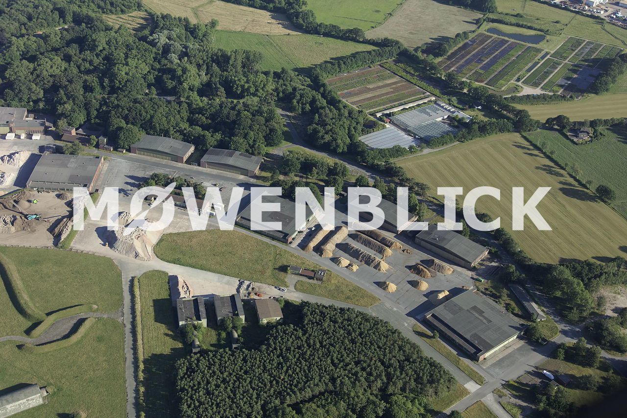 Hangars am Fliegerhorst Luftbild