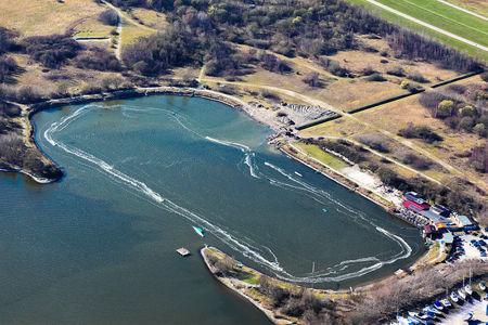 Luftaufnahme Wasserski