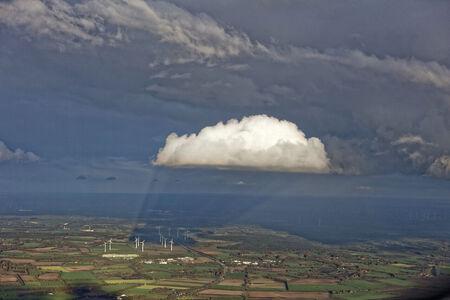 Luftaufnahme Wolkenschatten am Windpark Hurrel