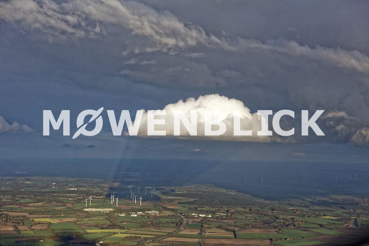 Wolkenschatten am Windpark Hurrel Luftbild