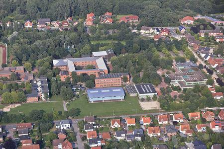 Luftaufnahme Gymnasium