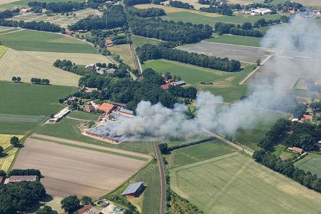 Luftaufnahme Schweinestallbrand