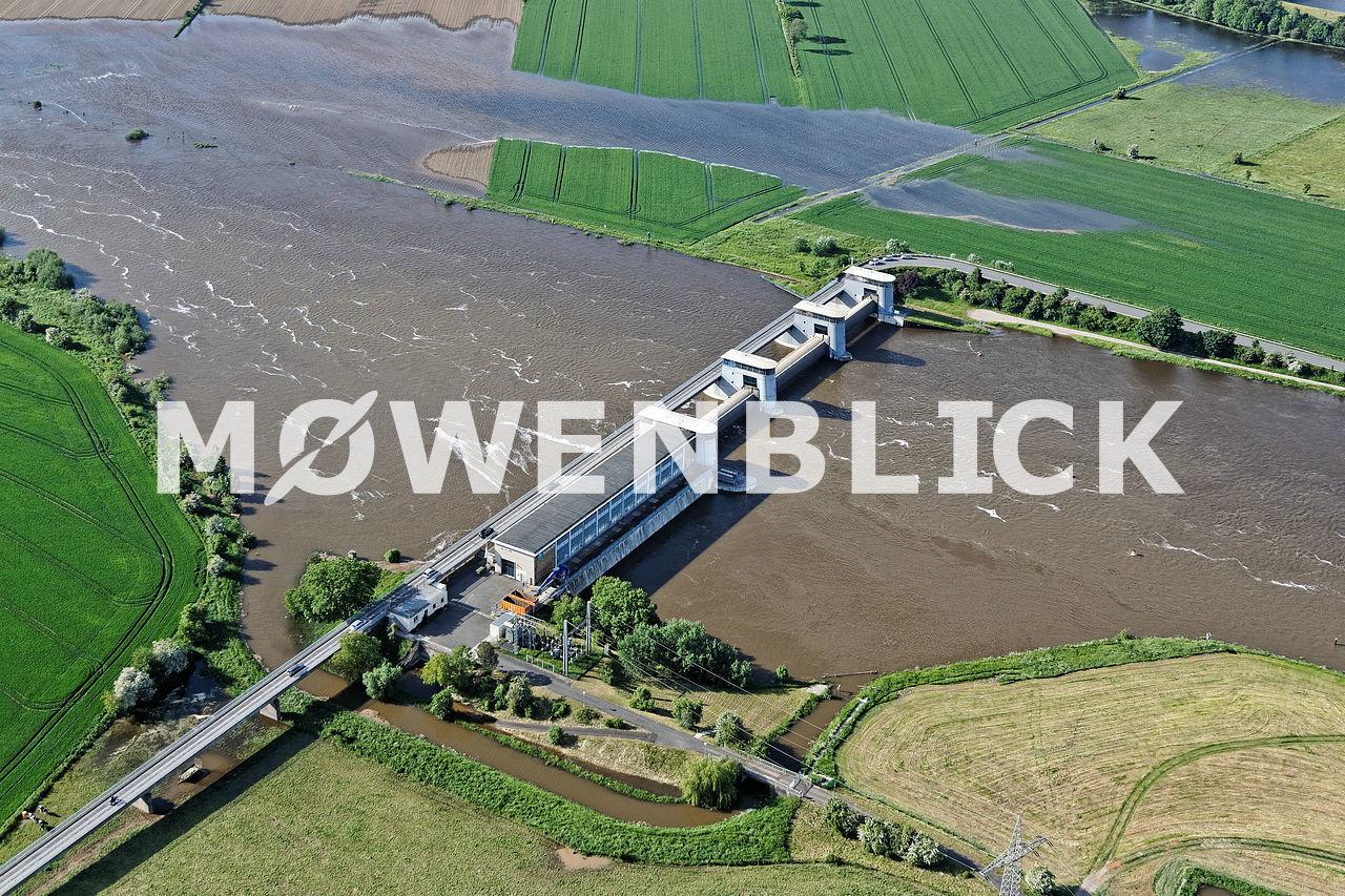 Weserkraftwerk  Weserbrücke Luftbild