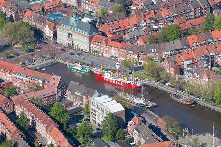 Luftaufnahme Alter Binnenhafen Delft Traditionsschiffe