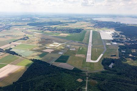Luftaufnahme Flugplatz