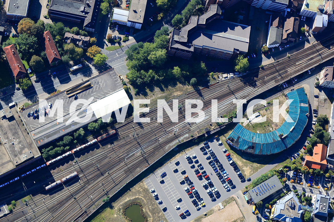 Parkhaus und Lokschuppen Luftbild
