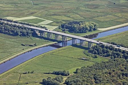 Autobahnbrücke über die Hunte
