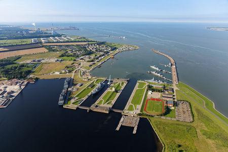 Luftaufnahme Marinehafen