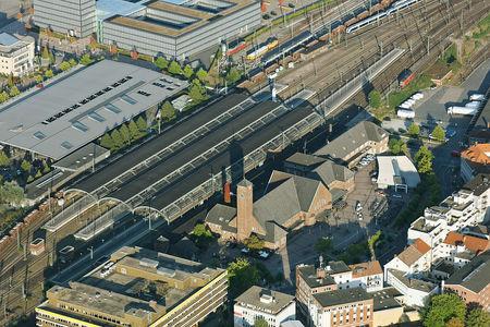 Luftaufnahme Gleishalle