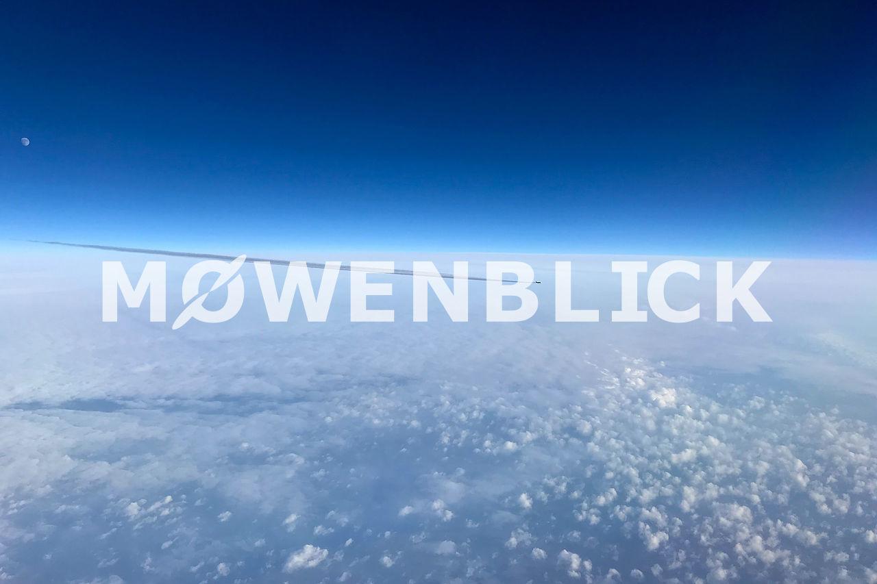 Kondensstreifen Luftbild