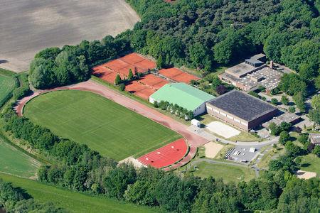 Luftaufnahme Sportanlagen