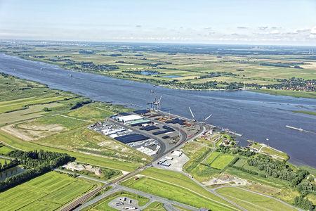 Luftaufnahme Der neue Hafen
