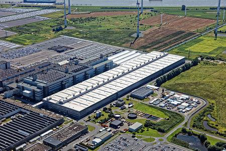 Luftaufnahme neue Werkshalle VW