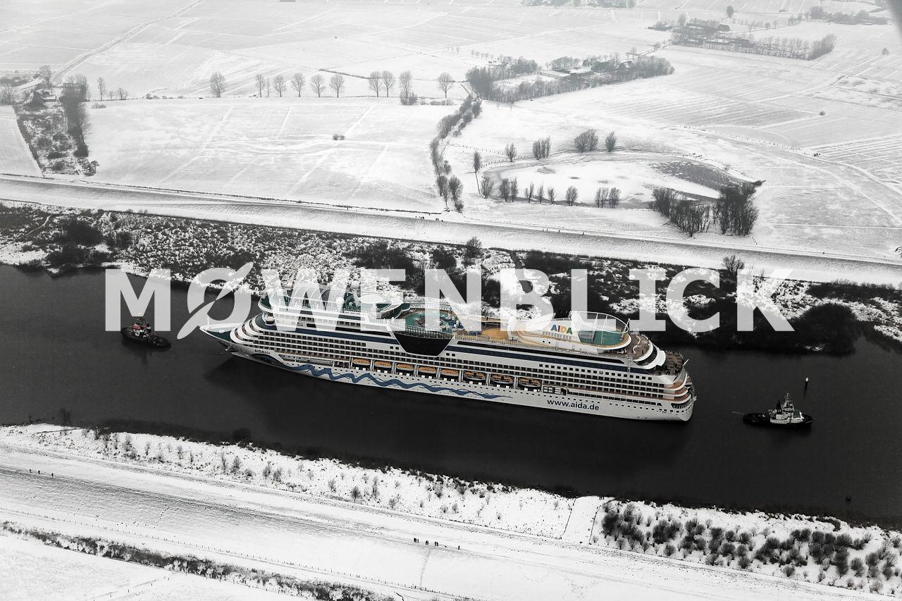 Kreuzfahrtschiff Luftbild