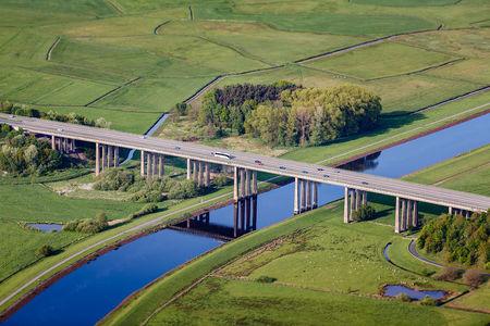 Autobahn über Hunte