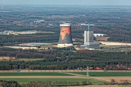 Luftaufnahme Kraftwerk und Kühlturm Hüntel