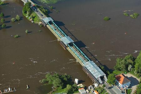 Luftaufnahme Weserbrücke L156