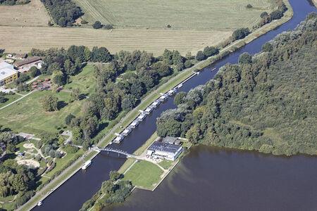 Luftaufnahme Schiffahrtsweg Elbe-Weser