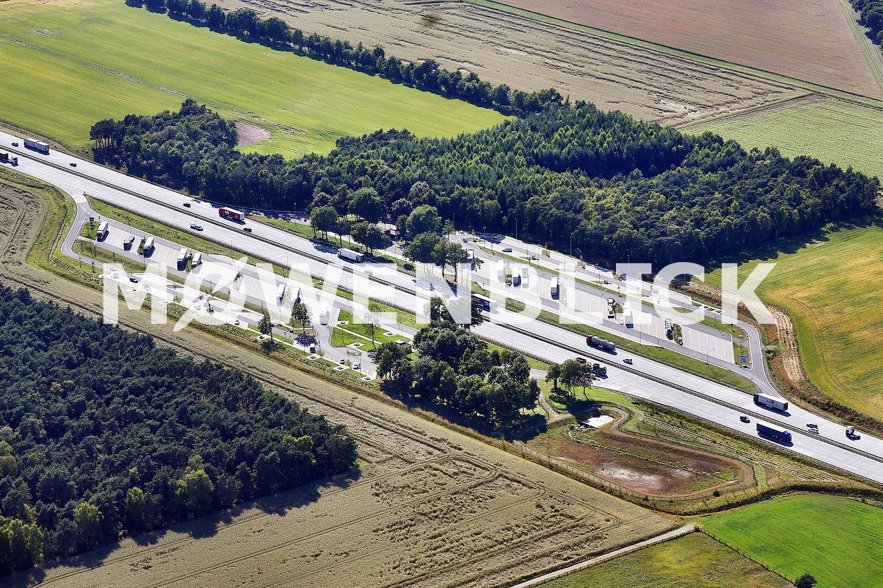 Autobahnparkplatz Hatze Luftbild