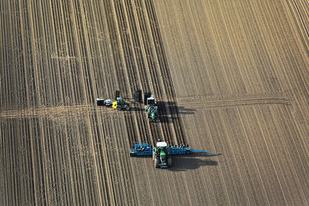 Luftaufnahme Erntearbeiten