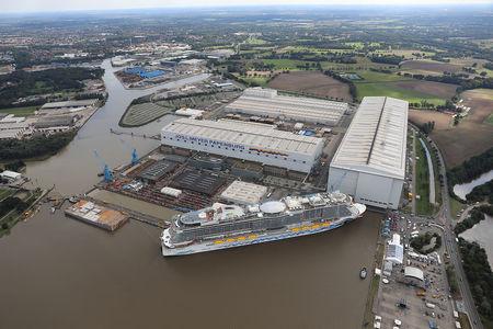Luftaufnahme Aidanova in der Meyer Werft