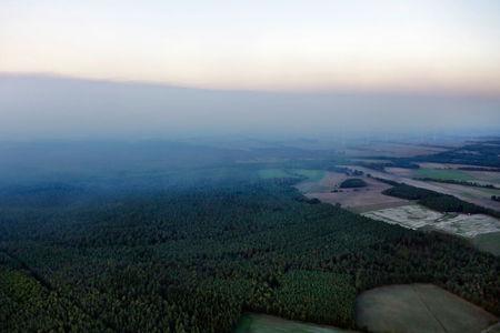 Luftaufnahme Rauchwolken durch Moorbrand