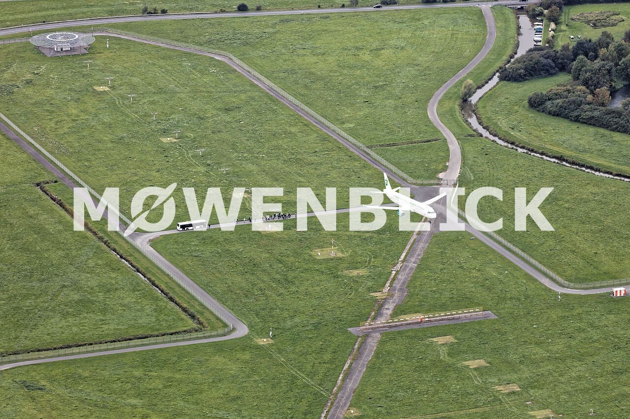 Landeanflug Flughafen Luftbild