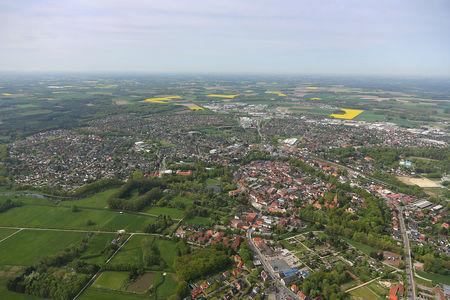 Luftaufnahme gesamter Ort