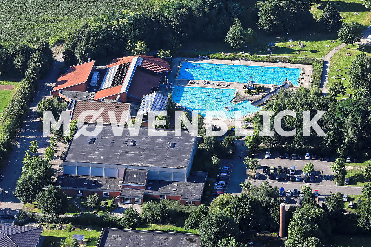 Hallenwellen & Freibad Luftbild