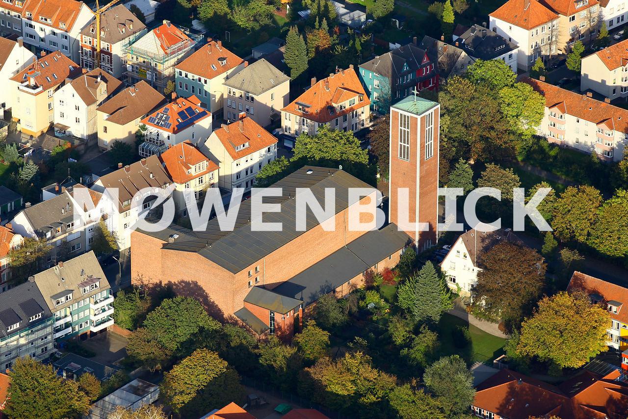 Heilig-Kreuz-Kirche Luftbild