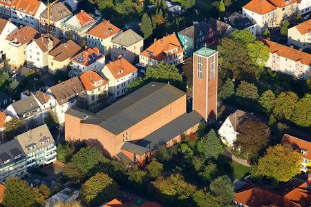 Luftaufnahme Heilig-Kreuz-Kirche