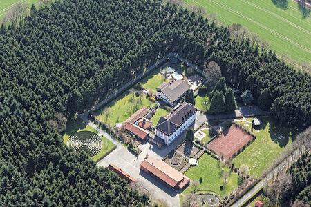 Luftaufnahme Bildungs und Begegnungshaus Jugendkloster Ahmsen