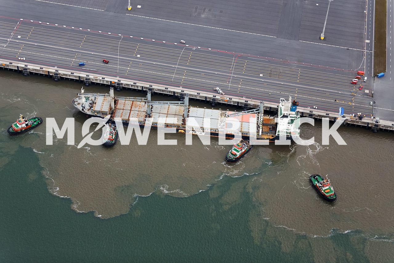 Purple Beach am Jadeweserport Luftbild